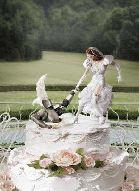 Торт с леди и рыцарем 450x620 179KB Прикольные картинки