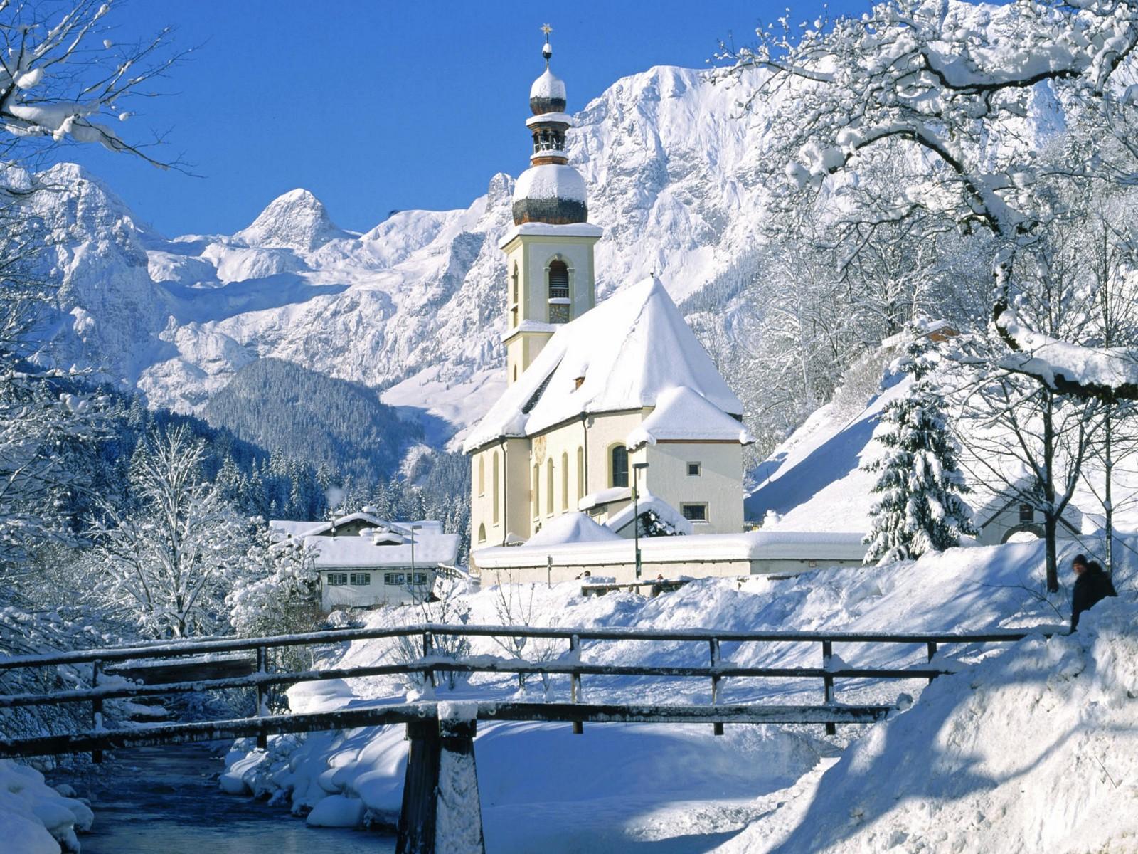 Церковь зимой 1600x1200 660KB Зима Церкви