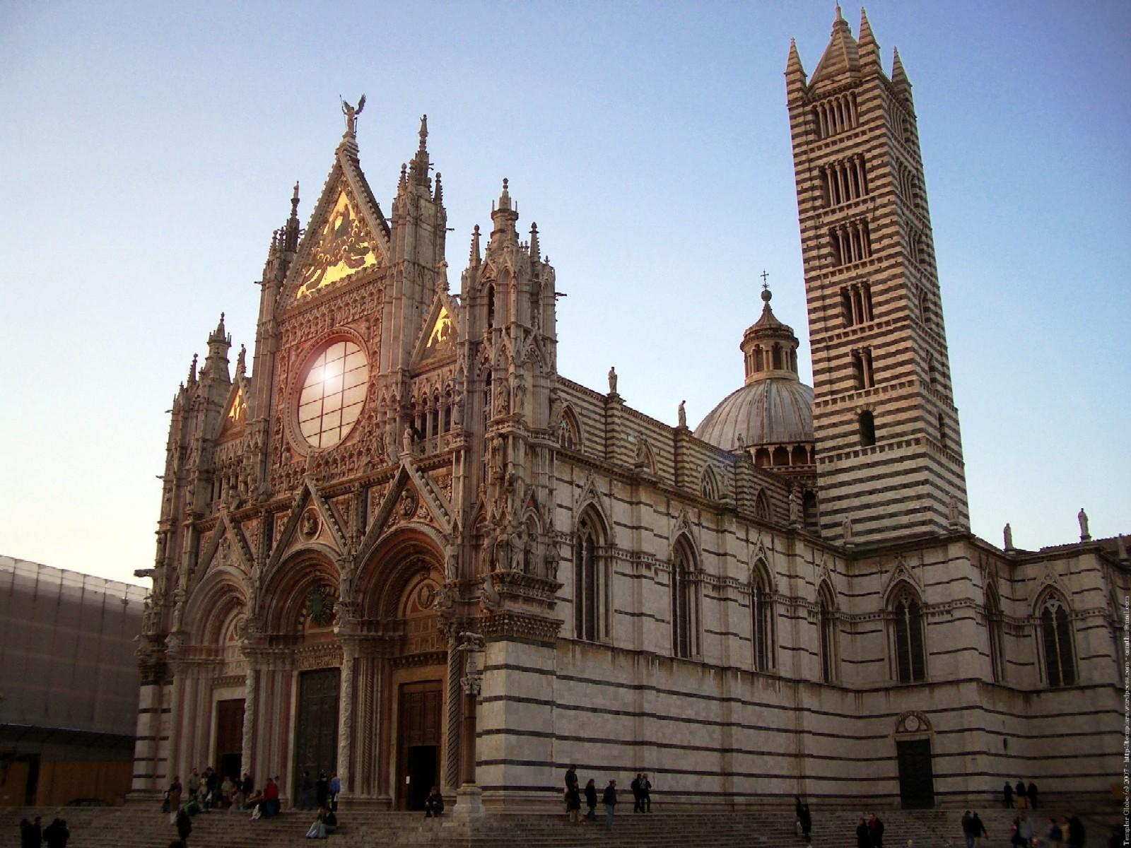 Сиенская церковь (Сиена, Италия) 1600x1200 450KB Архитектура Церкви