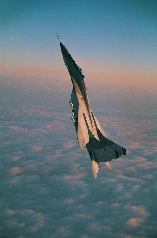 Обои и картинки 530x800 141KB Военные самолёты
