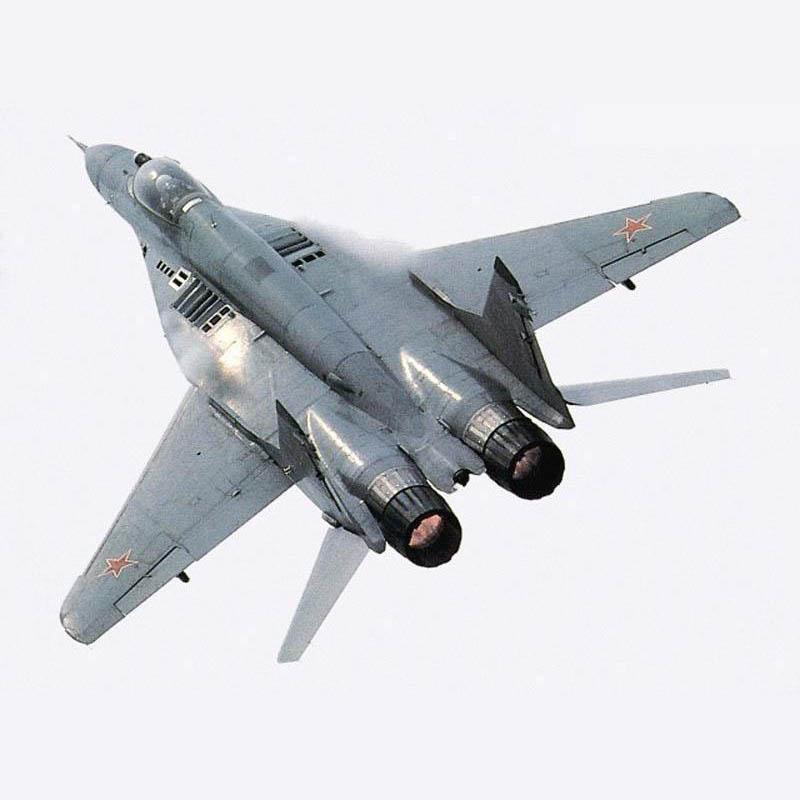 Обои и картинки 800x800 78KB Военные самолёты